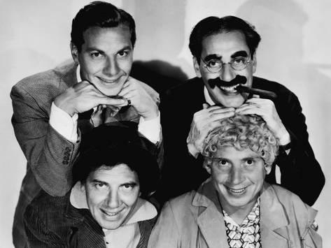 the-marx-brothers-top-zeppo-marx-groucho-marx-bottom-chico-marx-harpo-marx-early-1930s_a-G-5102884-8363144